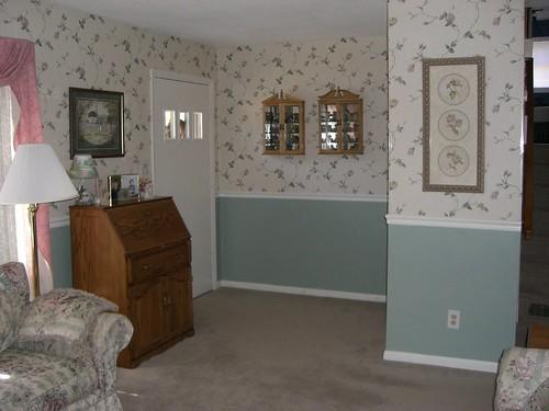 Living room, opposite side