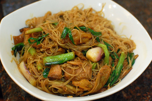 Braised Pig Trotter Vermicelli