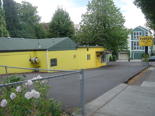 1502 SE Morrison St, Portland, OR 97214 -Floyd's Coffee
