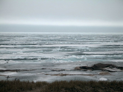 Lake Superior, Duluth, Minnesota, April 2007, photo © 2007 by QuoinMonkey. All rights reserved.