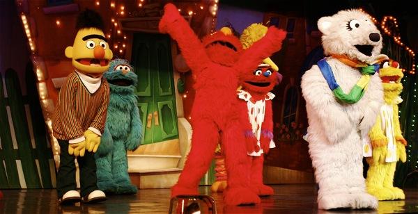 Sesame Street Live: Elmo's Coloring Book - 23