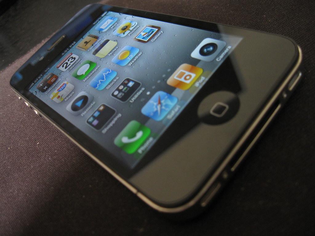 iPhone 4 home screen