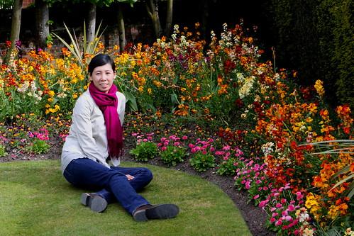 me in hampton court gardens