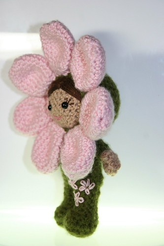 How adorable is that!?  I just LOVE amigurumi!