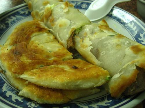 劉家酸菜白肉鍋-牛肉捲+蔥餅