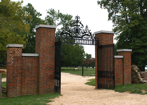 gateway in Jamestown