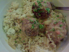 Bola in Green Cury and rice