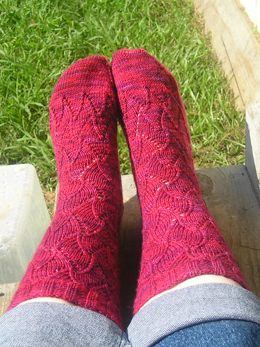 Tesselating Lace Socks