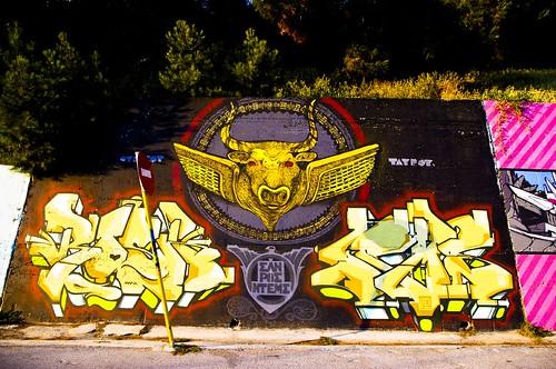 Graffiti/Bull