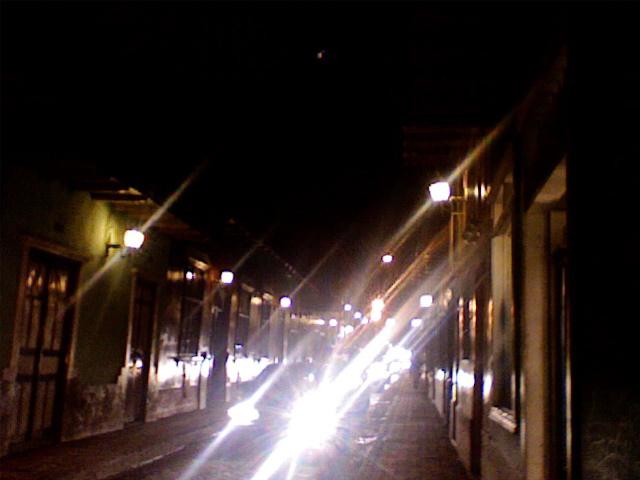 Loxa, Calle Lourdes, aproximandome a Casa Tinku