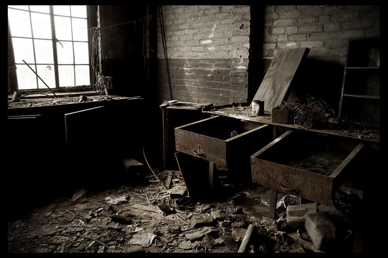 urbex urban exploration decay abandoned belgium infiltration belgique hasard cheratte coal mine charbonnage
