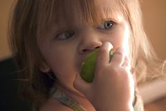 fruittreeeating_03.jpg