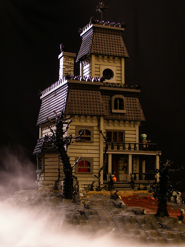 Haunted House 03