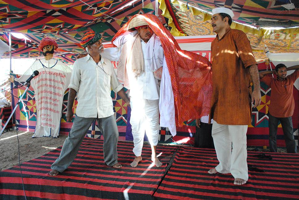 Pics from the satyagraha - 4 Oct 2010 - 10