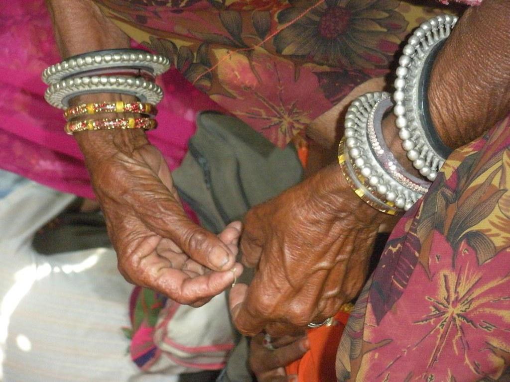 Pics from the satyagraha - 2 Oct 2010 - 4