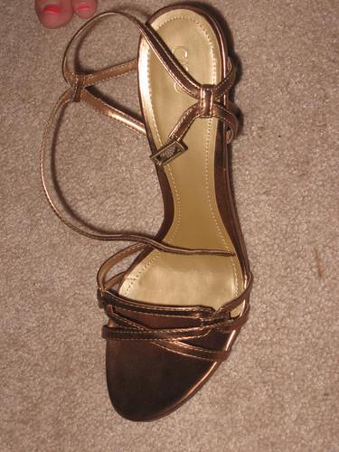 shoe 1 crop