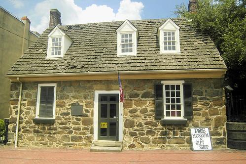 Poe house by ucumari.