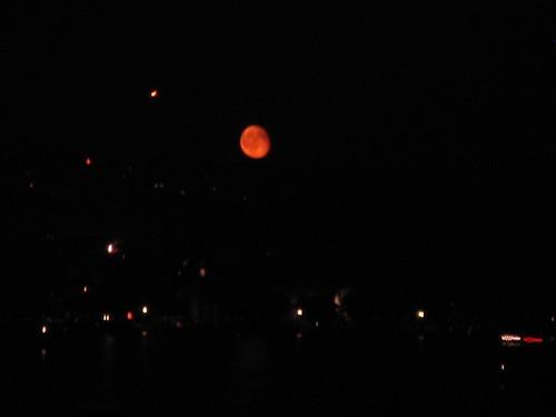 Zürisee Feuerwerk Mond 03