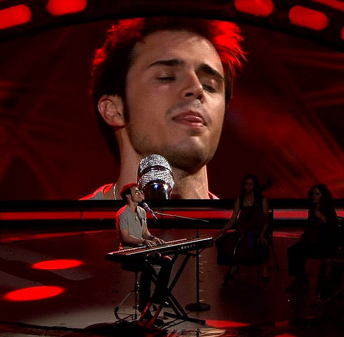 Kris Allen sexy UNF licking lips eyes closed tongue photo from American Idol
