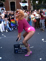 orgullo gay 2006 by madonna?