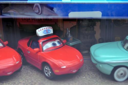 Disney CARS waitress mia and tia flo with tray 3 pack (3)