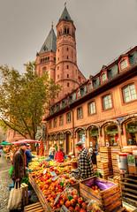 Saturday Market in Mainz