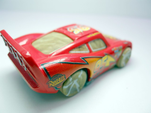 DISNEY CARS KMART COLLECTOR DAY 5 CHASE PAINT MASK LIGHTNG MCQUEEN   (4)