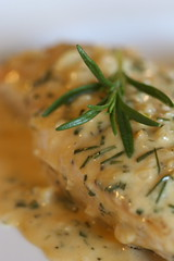 Chicken with Rosemary-Garlic Cream
