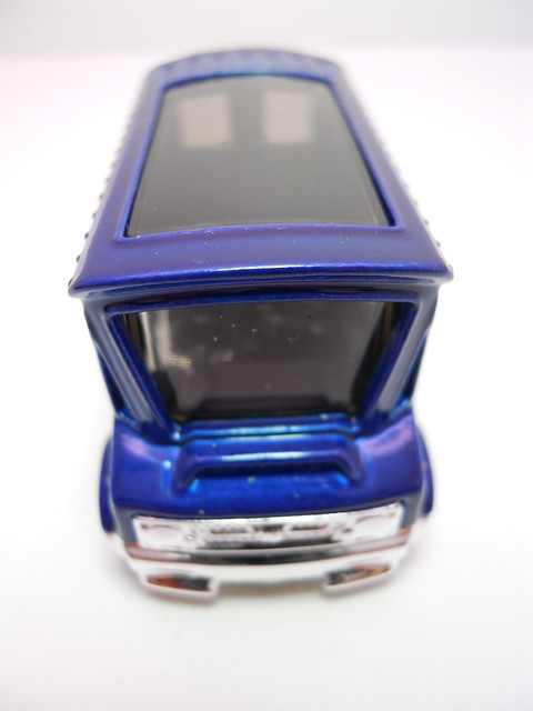 hot wheels bread box blue (3)
