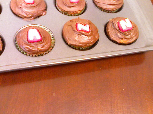my name in cupcakes