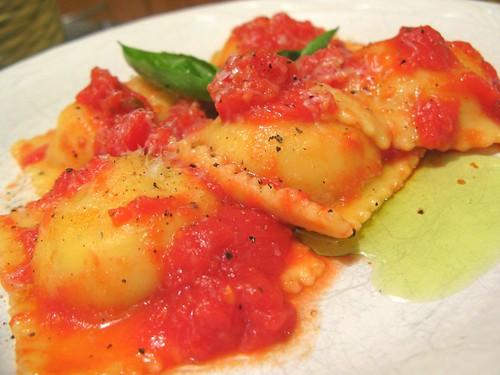 Vitamia Ravioli, Boiled with San Marzano Tomato Sauce
