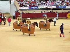 Tres a caballo