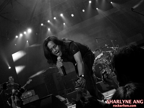 Ebe Dancel of Sugarfree at the NU Rock Awards 2010 - 1