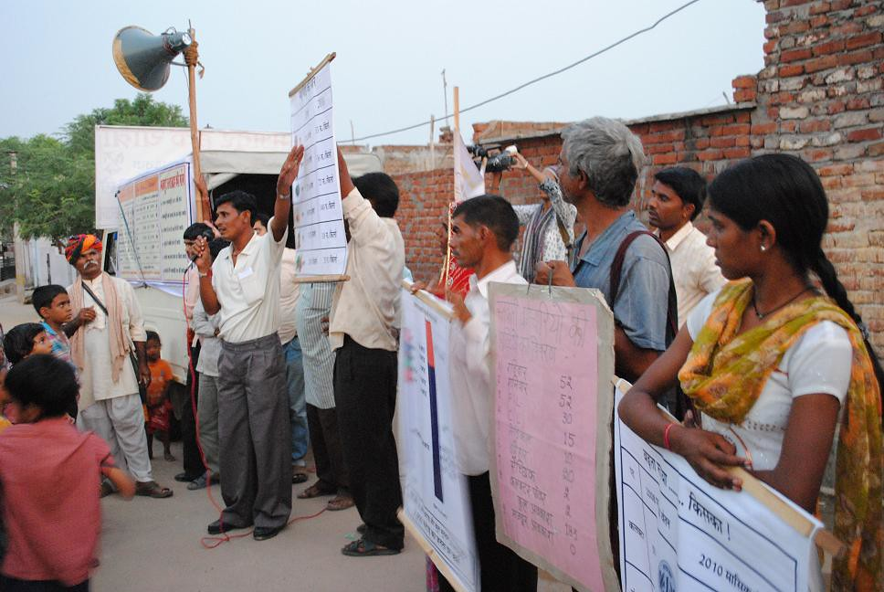 Pics from the satyagraha - 7 Oct 2010 - 2