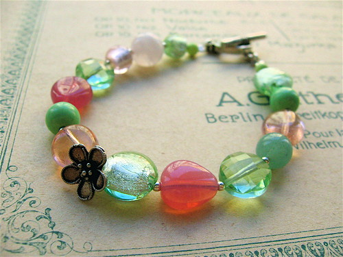 Morning rose bracelet