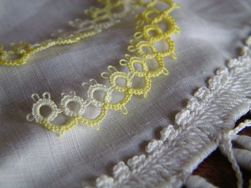 close up of number 8 in 25 motif tatting challenge