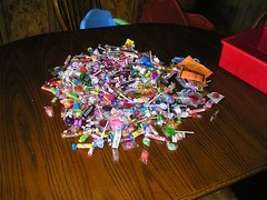 candy the kids got from parade