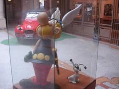 Asterix Statue