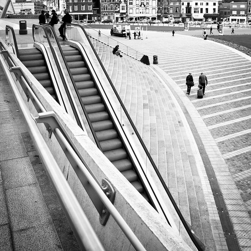 Lost In Structuration : Living Between the Lines - Photo : Gilderic