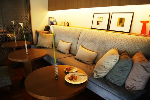 1F,交誼廳兼用餐區