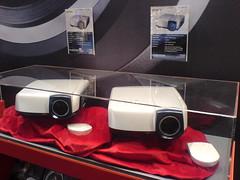 Mitsubishis neue 1080p-Beamer: 4900 & 6000