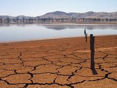 Lake Hume at 4% - January 2007