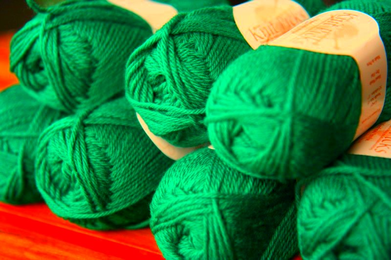 ACTUAL color of the yarn