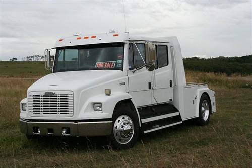 2003 Cadillac Truck Interior