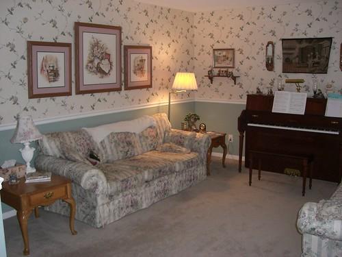 Living room, left side