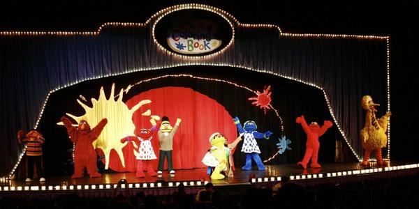 Sesame Street Live: Elmo's Coloring Book - 4