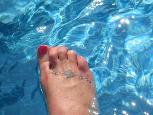 Pool · foot