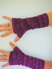 Katie's fingerless mitts