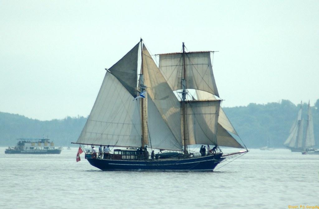 "Tall Ship ""Playfair"" @ Halifax Parade of Sail 2007 (20070716-125735-PJG) by DrgnMastr"