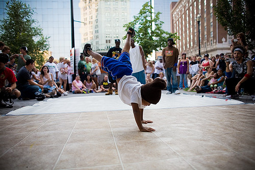 breakdance kid (freeze)